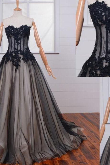 Black Lace Appliques Sweetheart Floor Length Tulle Wedding Gown Featuring Lace-Up Back and Train