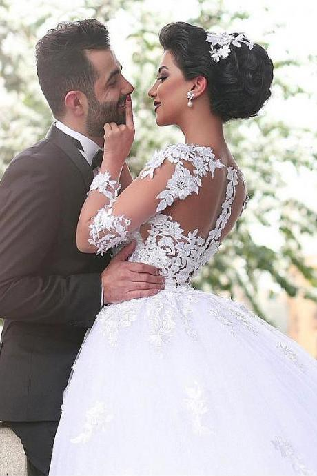Lace Appliques Wedding Dress,Junoesque Tulle Bateau Neckline Ball Gown Wedding Dresses With Lace Appliques