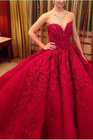 Red Lace Appliques and Beaded Embellished Sweetheart Floor Length Tulle Wedding Gown