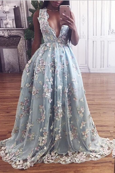Sparkly Princess Prom Dresses,Real Beautiful Long Deep V-neck Prom Dresses,Chaming Applique Prom Gowns,Formal Evening Dresses,Party Dresses