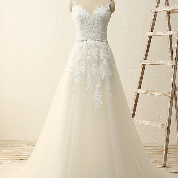 Wedding Dress,Sleeveless Lace Appliqué Sweep Train Wedding Dress with Plunging Sweetheart Neckline